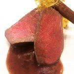 お客様から「世界1美味しい秋川牛」とコメントをいただきました。
